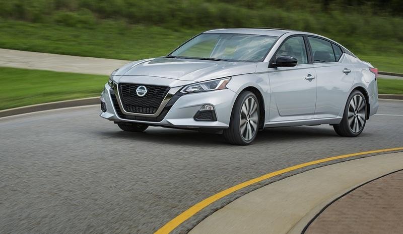 Are Crossovers and SUVs Becoming Daddy's Car? Nissan Thinks So and Hopes It'll Boost Sedan Sales