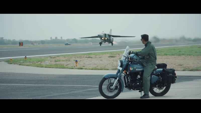 "Royal Enfield salutes the armed forces with this special ""Signals"" edition of the Classic 350 Exterior - image 796551"