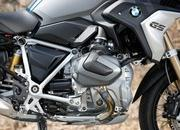 BMW unveils brand-new R 1250 GS and R 1250 RT with the new ShiftCam technology - image 795748