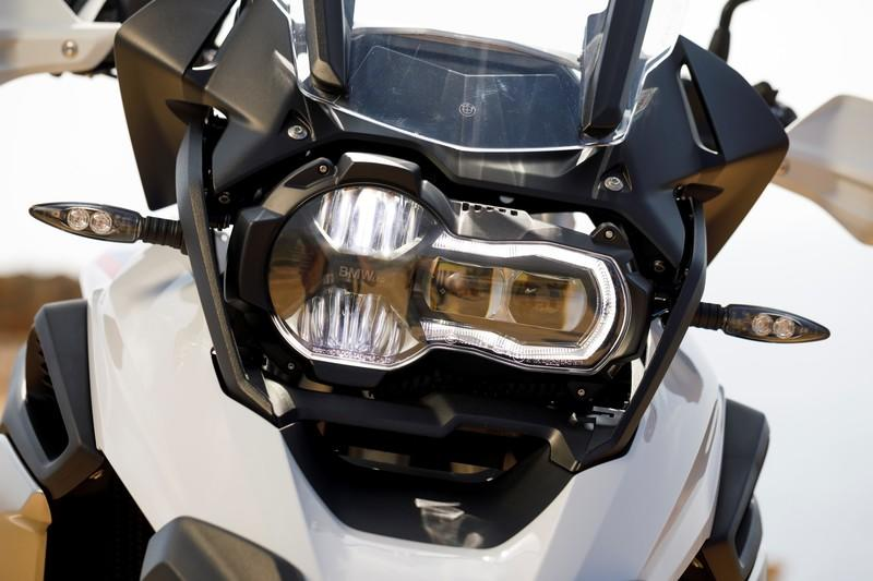 BMW unveils brand-new R 1250 GS and R 1250 RT with the new ShiftCam technology - image 795752