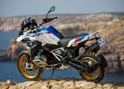 BMW unveils brand-new R 1250 GS and R 1250 RT with the new ShiftCam technology - image 795744