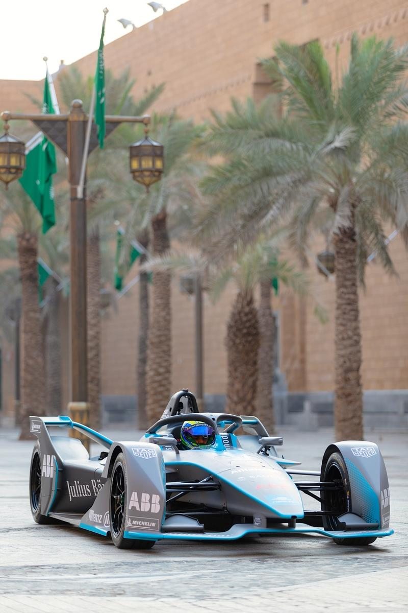 Felipe Massa Goes All-Electric in Saudi Arabia Ahead of Formula E Opener
