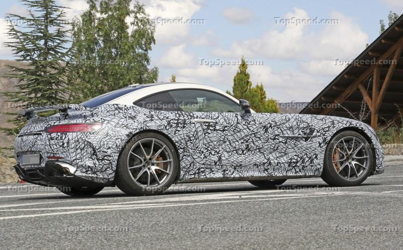 Is this the upcoming Mercedes AMG GT R Black Series? Exterior Spyshots - image 795162