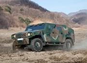 Kia's Light Tactical Vehicle Reminds Us More of a Humvee Than a Telluride - image 796109