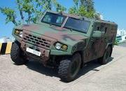 Kia's Light Tactical Vehicle Reminds Us More of a Humvee Than a Telluride - image 796110