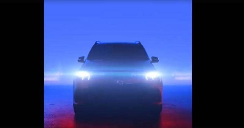 New Teaser Shows the 2019 Mercedes GLE with Some CLS DNA