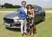 Richard Hammond Supposedly Gassed and Robbed in Saint-Tropez Villa - image 793971