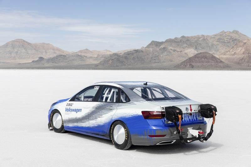 The 2019 Volkswagen Jetta Earns a Land Speed Record at the Bonneville Salt Flats - image 796066
