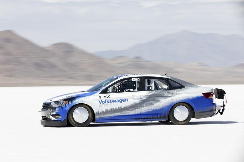 The 2019 Volkswagen Jetta Earns a Land Speed Record at the Bonneville Salt Flats - image 796048