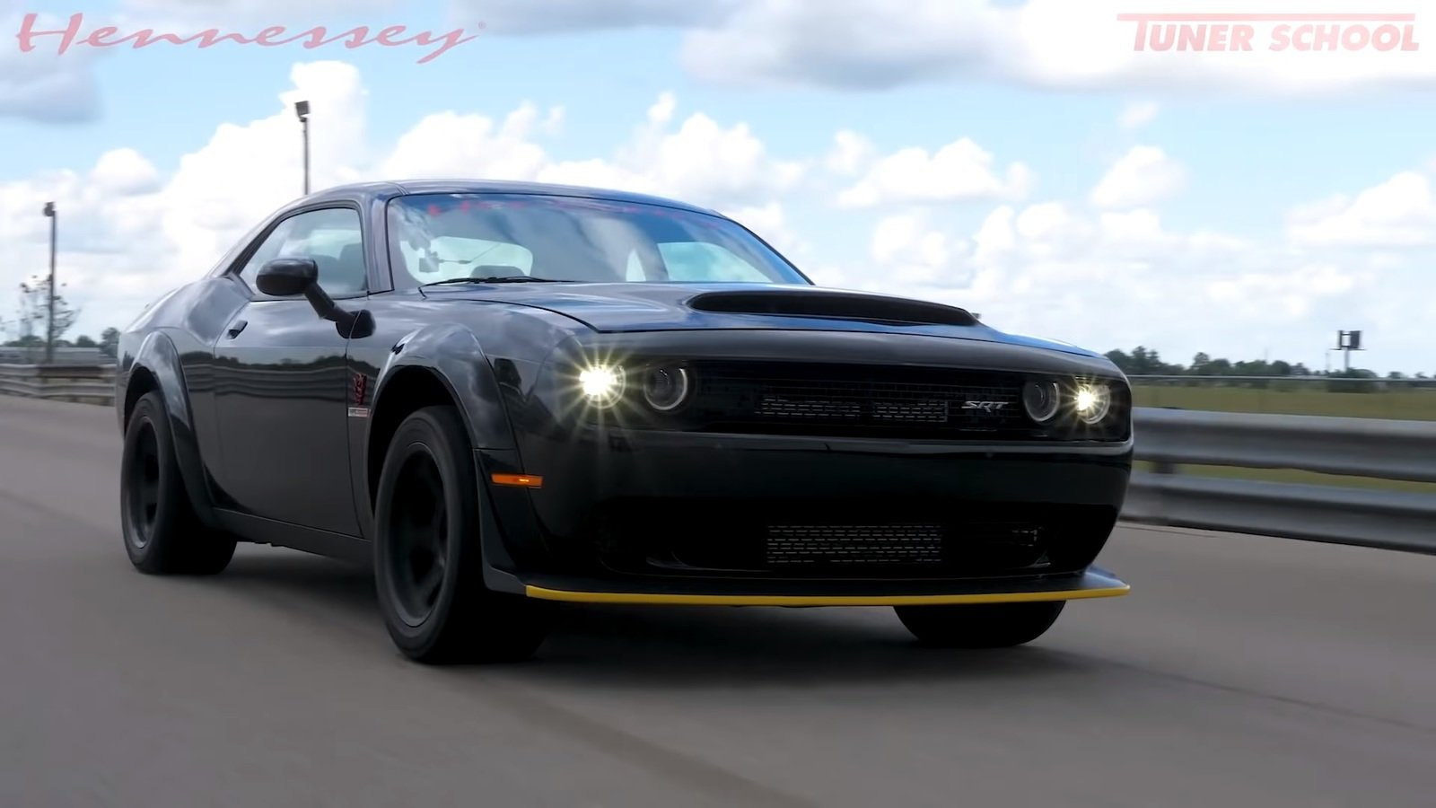 2018 Dodge Challenger >> This 1,200-Horsepower Dodge Demon Is No Joke: Video | Top ...