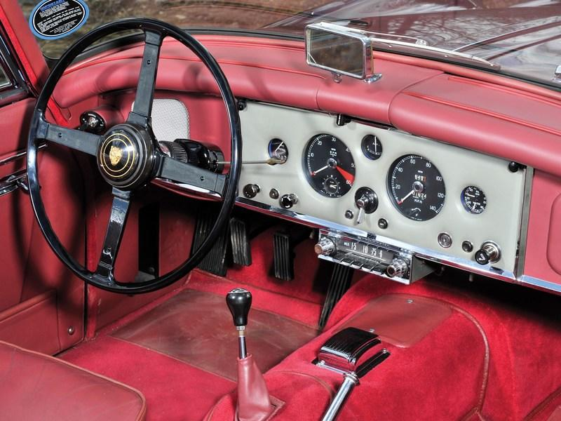 1960 Jaguar XK 150 S 3.8 Drophead Coupe Interior - image 801290