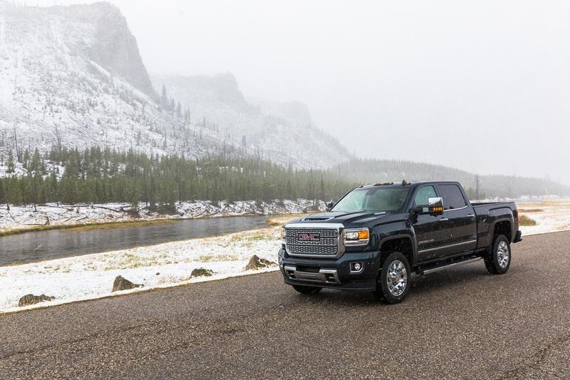 GMC is Slashing up to $4,500 off the GMC Sierra HD in October 2018