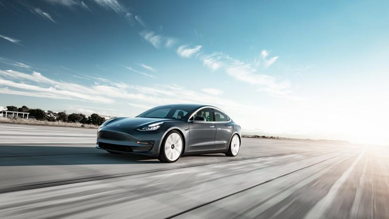 This is What You Don't Get in the Cheapest, $35,000 2020 Tesla Model 3