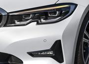 Check Out the Self-Aligning Wheel Caps on the 2019 BMW 3 Series - image 798166