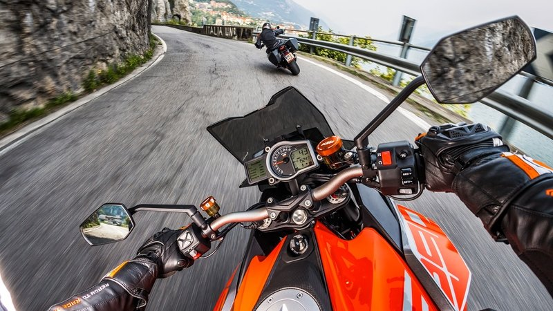 2019 KTM 1290 Super Duke GT - image 799930
