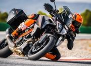 2019 KTM 1290 Super Duke GT - image 799927