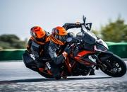 2019 KTM 1290 Super Duke GT - image 799921