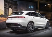 The 2019 Mercedes-Benz EQC Shows Off It's Amazing Technology at the Paris Motor Show - image 797910