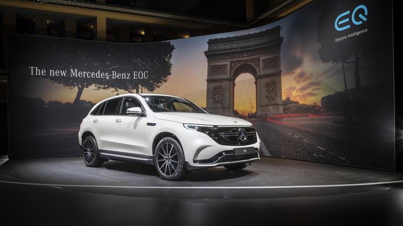 The 2019 Mercedes-Benz EQC Shows Off It's Amazing Technology at the Paris Motor Show