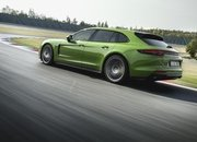 2019 Porsche Panamera GTS and Panamera GTS Sport Turismo Unveiled - image 800184