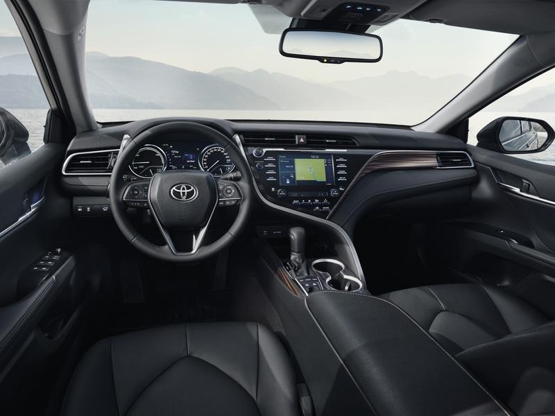 2019 Toyota Camry Hybrid Announces It's Ready for Europe at 2018 Paris Motor Show