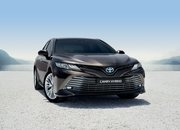 2020 Toyota Camry arrives in Europe - What are its chances against the Skoda Superb? - image 798714