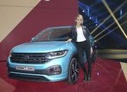 Volkswagen Hopes the T-Cross Will Inject an Urbanized Dose of Cool Into Its SUV Lineup - image 801835