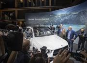 2020 Mercedes-Benz GLE Throws a Party Ahead of Paris Debut - image 797846