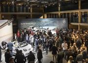 2020 Mercedes-Benz GLE Throws a Party Ahead of Paris Debut - image 797848