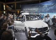 2020 Mercedes-Benz GLE Throws a Party Ahead of Paris Debut - image 797850