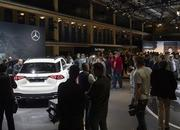 2020 Mercedes-Benz GLE Throws a Party Ahead of Paris Debut - image 797851