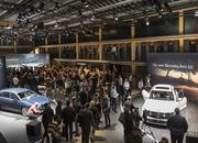 2020 Mercedes-Benz GLE Throws a Party Ahead of Paris Debut - image 797853