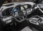 2020 Mercedes-Benz GLE Throws a Party Ahead of Paris Debut - image 797861