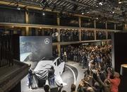 2020 Mercedes-Benz GLE Throws a Party Ahead of Paris Debut - image 797841