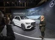2020 Mercedes-Benz GLE Throws a Party Ahead of Paris Debut - image 797842