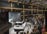 2020 Mercedes-Benz GLE Throws a Party Ahead of Paris Debut - image 797843