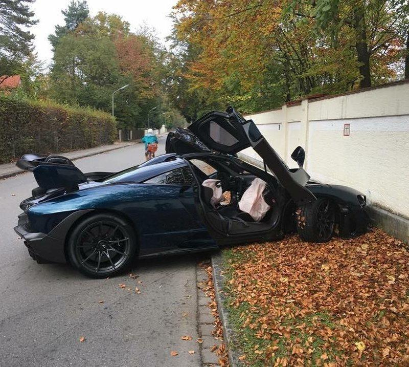43-Year-Old Crashes a McLaren Senna Just Hours After Delivery