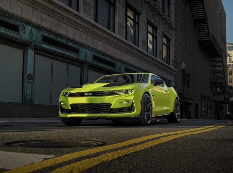 Chevy is Working Desperately to Move that Sleek Grille on the SEMA-Bound Camaro SS Into Production