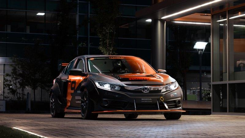 2018 Honda Civic Deep Orange 9