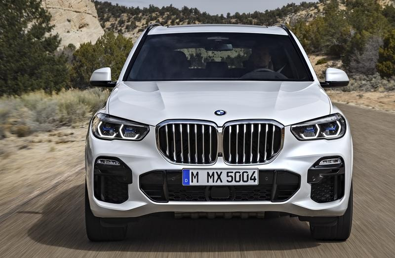 Is the 2019 BMW X7 Too Similar to the BMW X5?