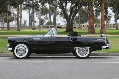 Marilyn Monroe's 1956 Ford Thunderbird Up for Auction Next Month