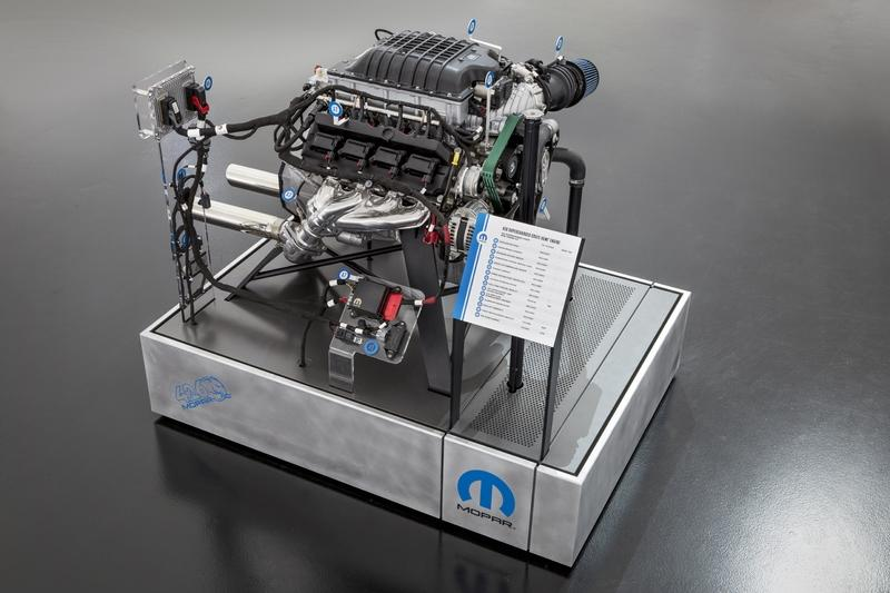 Mopar's Hellephant Crate Engine Proves 1,000 Horsepower Is the New Benchmark