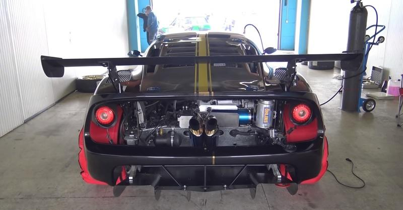 Someone Slapped a Harrop TVS1900 Supercharger onto a Series-3 Lotus Exige and the Result Will Knock Your Socks Off - image 801564