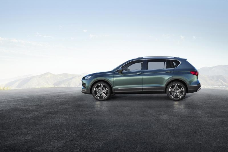 The 2018 Seat Tarraco Suv Shows Up In Paris With Eyes For The 2019