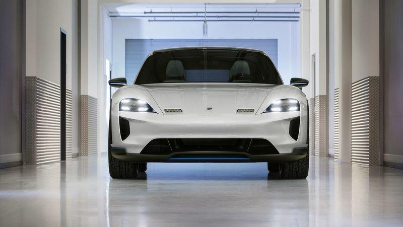 The Porsche E Cross Turismo Concept Will Become the Production Version of the Taycan SUV