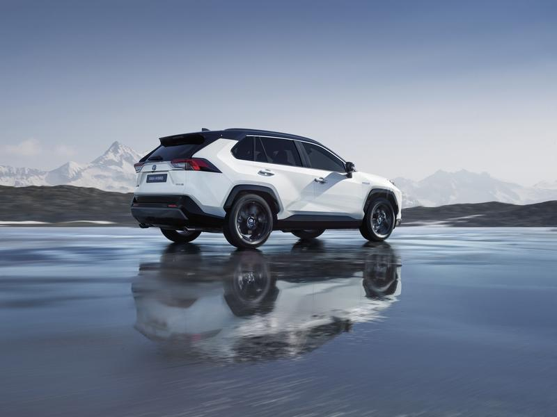 The 2019 Toyota RAV4 Hybrid Proves Efficiency Can Look Good at the Paris Motor Show