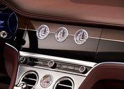 We Can't Get Enough of the Rotating Display in the Bentley Continental GT Convertible - image 806325