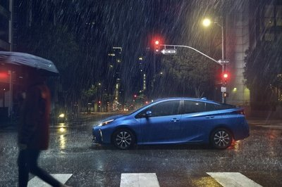 Toyota Finally Offers the Prius with AWD in the U.S.