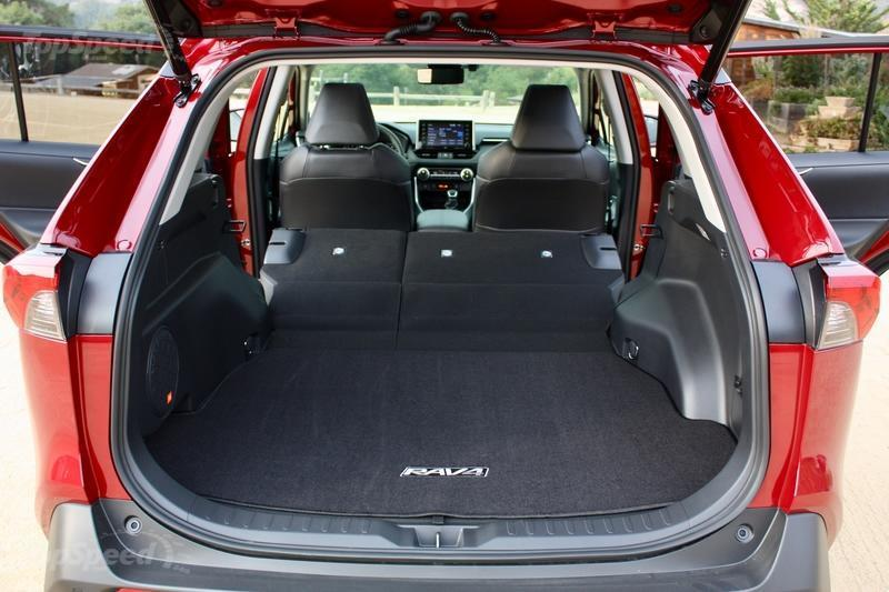 Toyota Rav4 Cargo Space Dimensions >> 2019 Toyota Rav4 Driven Top Speed
