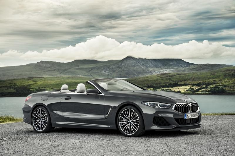 2019 BMW 8 Series Convertible vs 2019 Aston Martin DB11 Volante